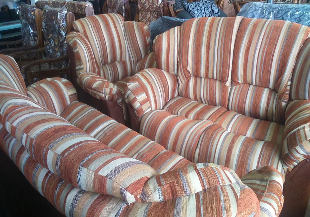 Prasanna Furniture Gallery03